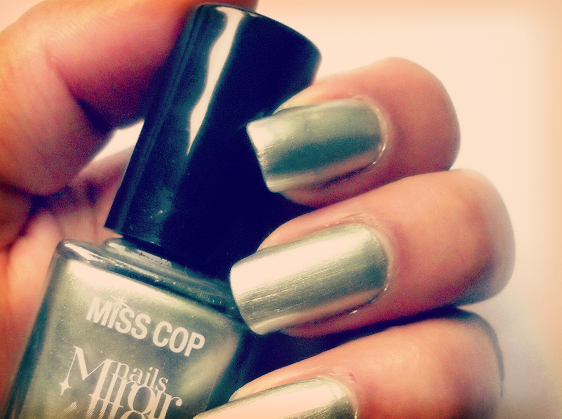 miss-cop-ONGLES
